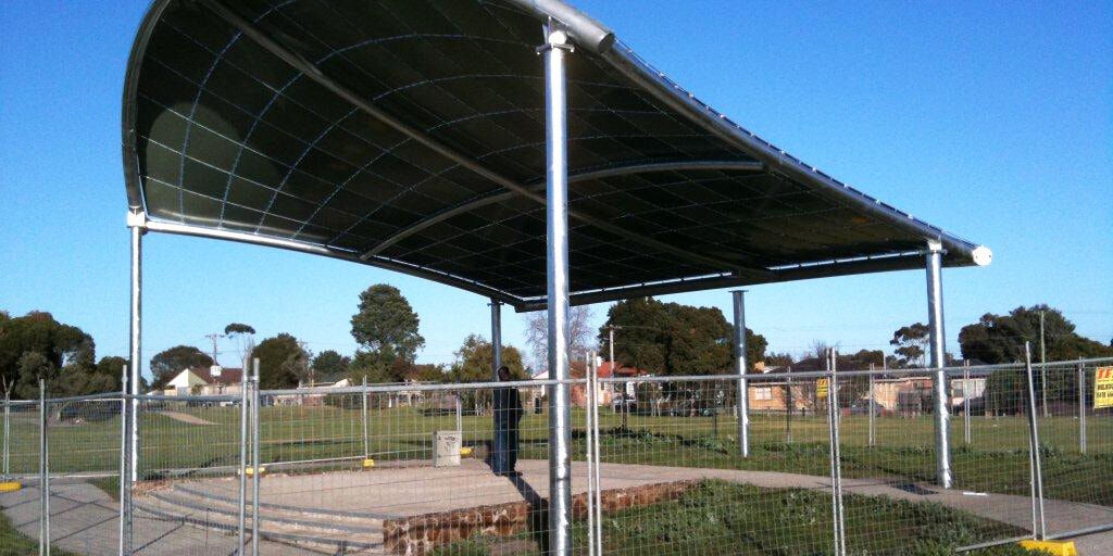 Curved Roof Shelter