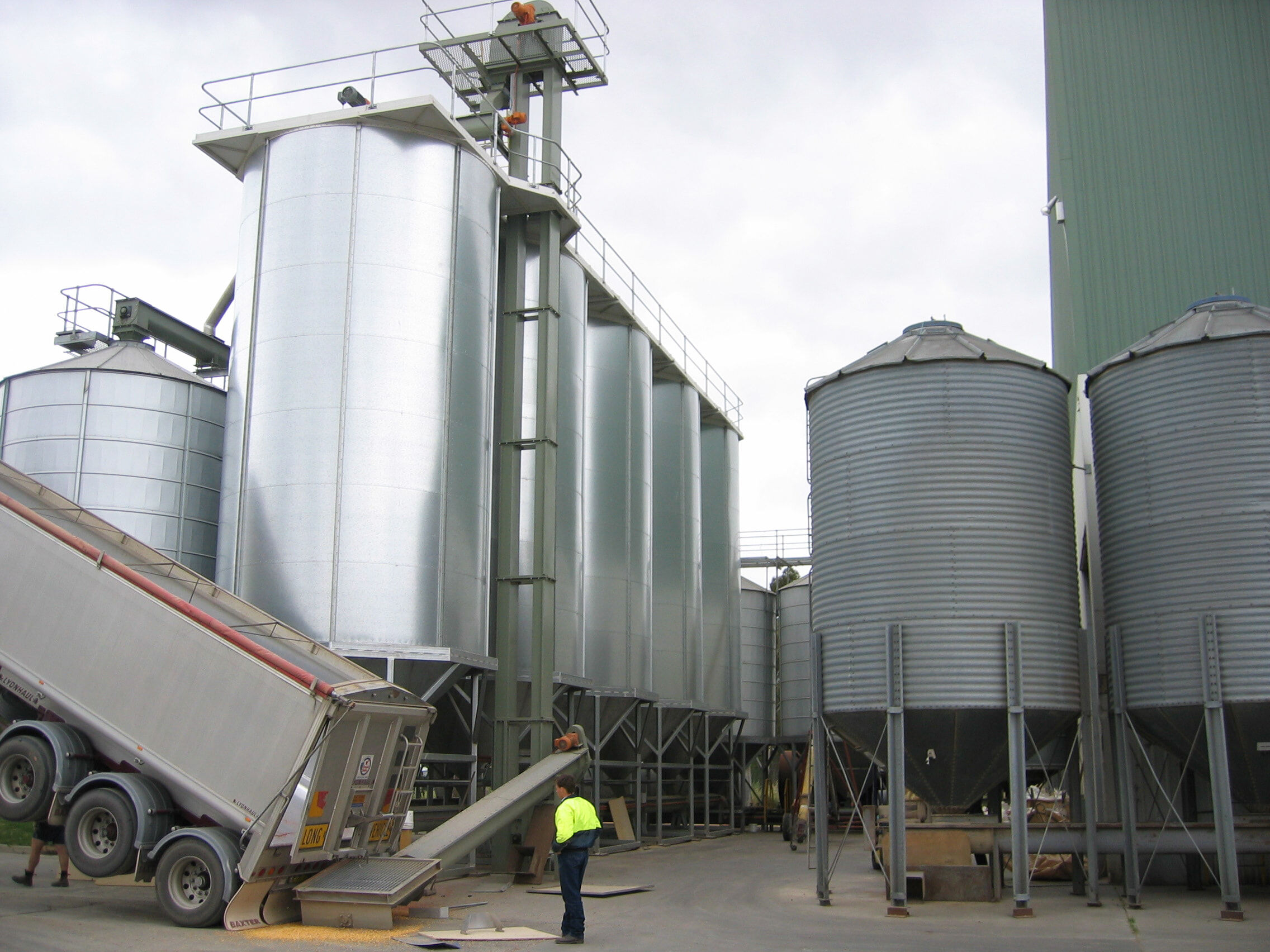 Food and Beverage Stainless Steel Silos