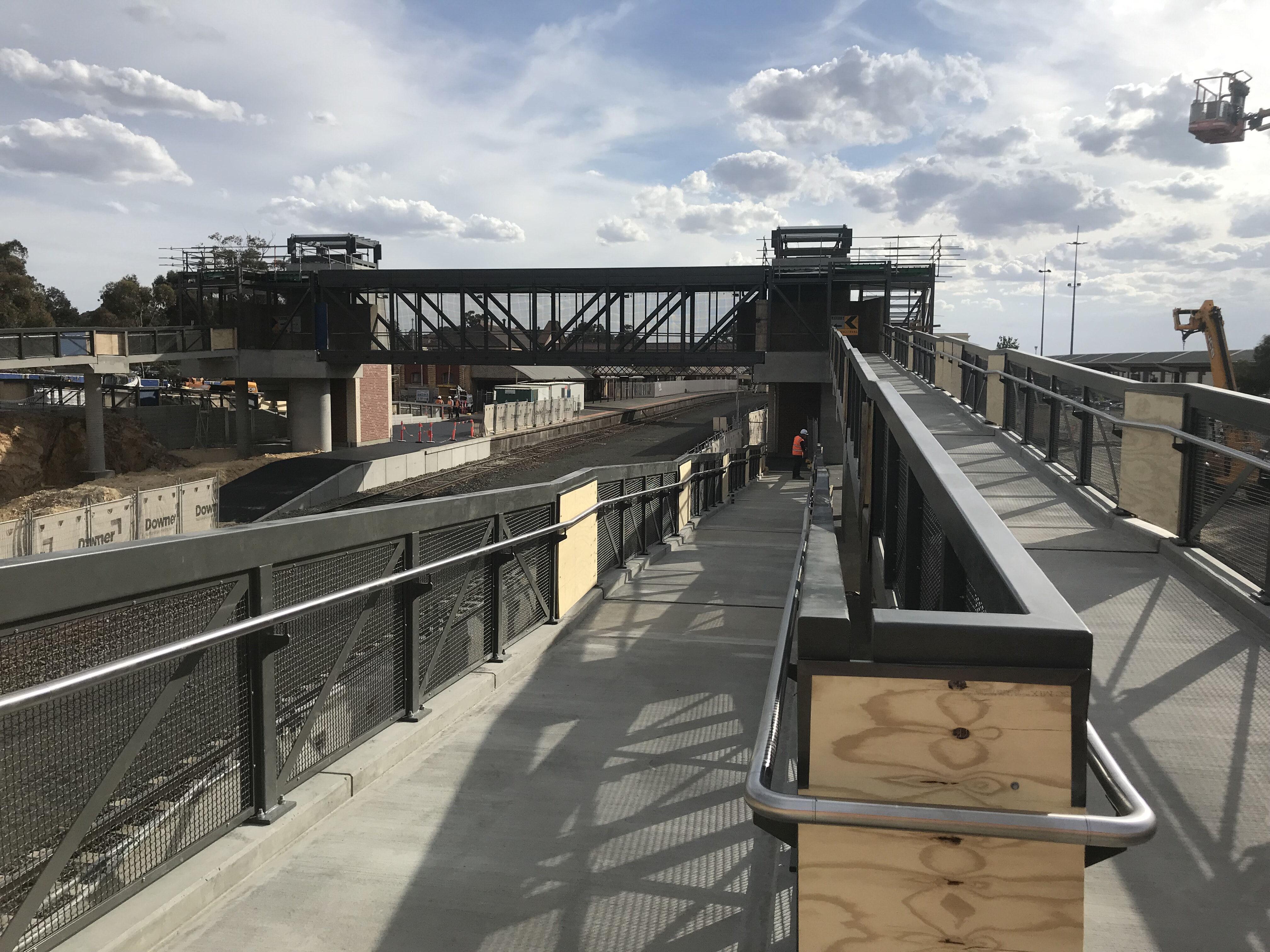 Bendigo station footbridge and handrail